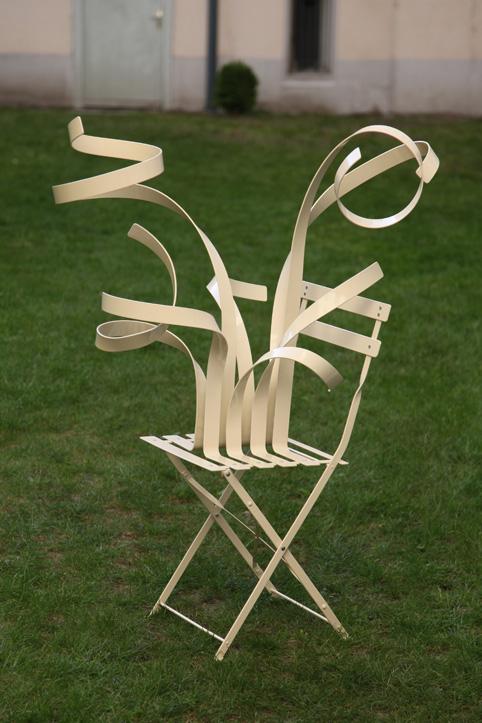 Chaises en vrille